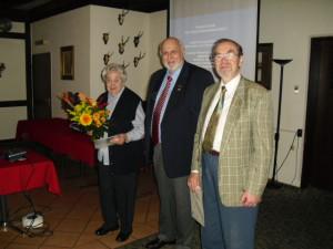 Inge Riese, Peter Perlbach 1.Vorsitzender, Dr. Walter Kohlhaas